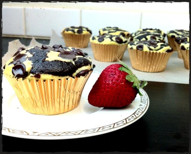 Cheesecake Swirl Cupcakes |  Blue Owl Treats