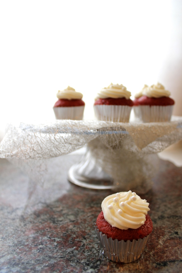 Red Velvet Cupcakes with Cream Cheese Frosting | Blue Owl Treats
